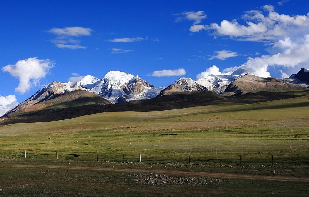 雪山图片 摄影图_素材图片_ps教程