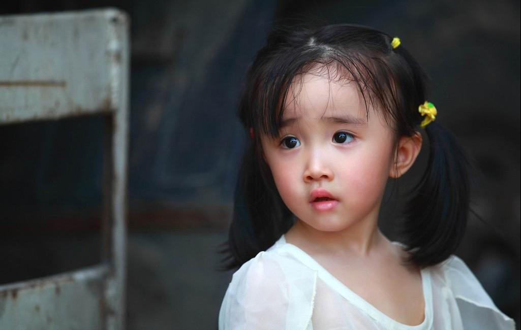 可爱小女孩图片 - ps教程