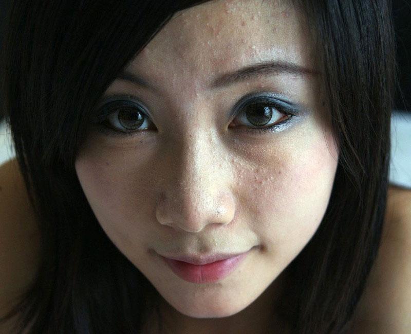ps制作海报_利用PS外挂滤镜来给人脸快速磨皮 外挂磨皮教程_人像精修_PS教程
